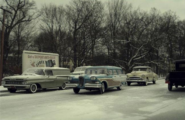 cool-miniature-town-cars-photographer-recreation-winter