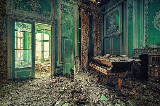 003-abandoned-buildings-matthias-haker