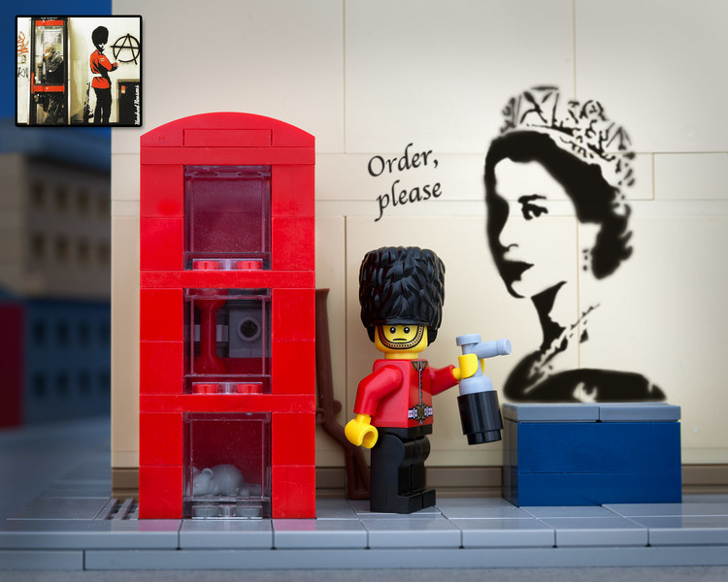 LEGO Banksy royal guard graffitti